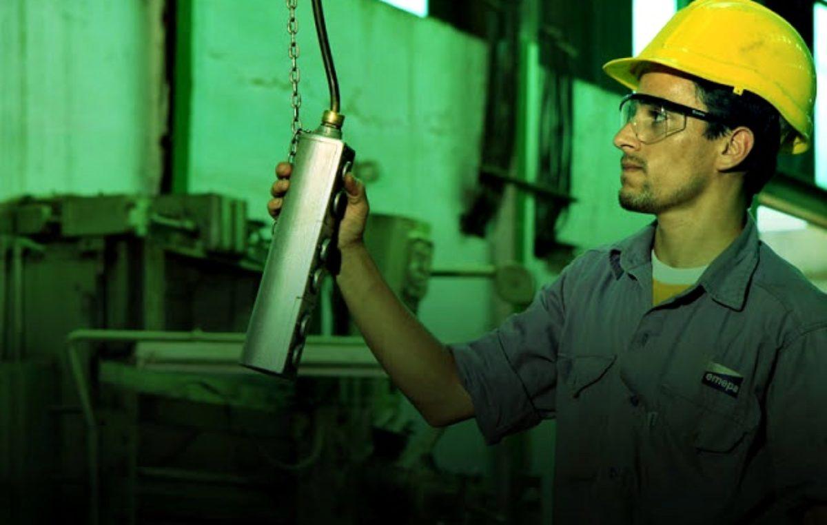 #FueNoticiaenTP / Los talleres ferroviarios Emepa de Chascomús despidieron 80 trabajadores y ahora fabrican tranqueras