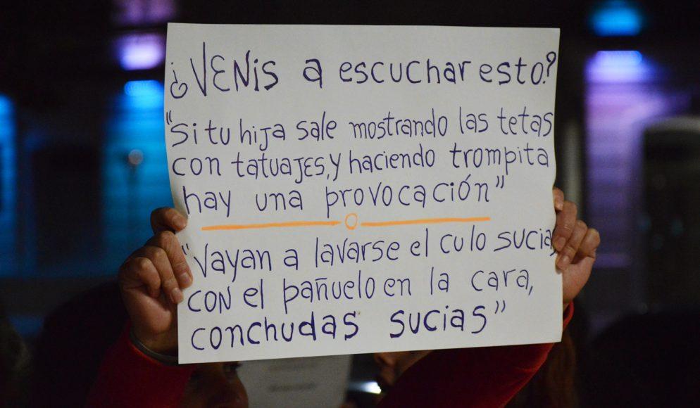 Video / A pesar del escrache, Baby Etchecopar presentó su show en Olavarría