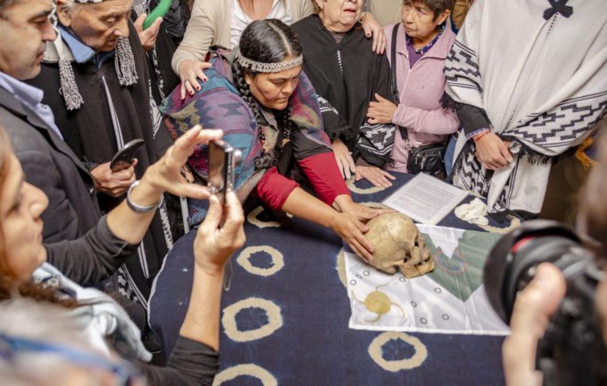 Los restos del Cacique Cipriano Catriel fueron restituidos a comunidades aborígenes de Azul y Olavarría