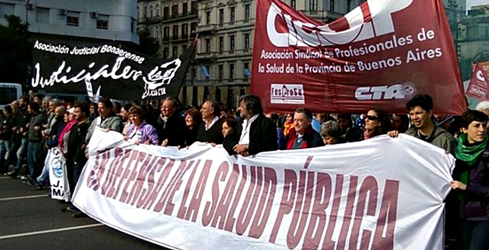 Empezó mayo y todavía no los llamaron a paritarias: judiciales y médicos de la Provincia lanzaron un paro