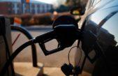 Subió el dólar y ahora aumentará la nafta: mirá el cálculo que hacen los estacioneros