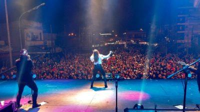 """En un día patrio, Ensenada festejó sus 217 con un gran recital de """"La Sole"""""""