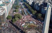 Sonó el pedido de un paro nacional en la movilización al Obelisco