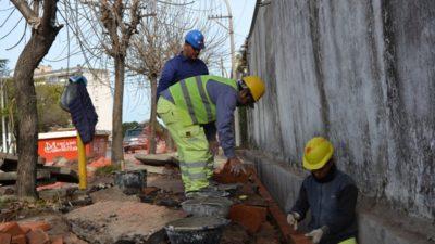 San Nicolás / Siguen trabajando en la puesta en valor del cementerio municipal
