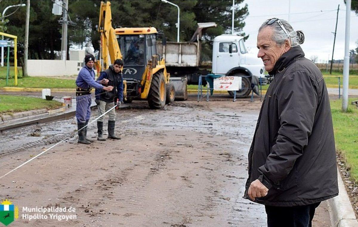 """Yrigoyen avanza con un plan de pavimento: """"Vamos sin prisa pero sin pausa"""""""