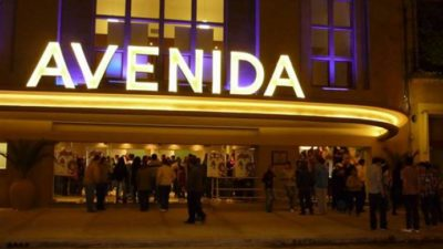 El Cine Avenida de Bolívar proyectará los partidos de Argentina y un mundial de cortos futboleros