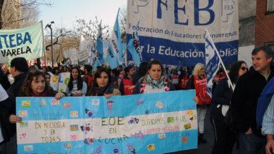 Sigue la lucha docente, más de 15.000 docentes repudiaron la fexibilización laboral de los equipos de orientación escolar y anunciaron Paro para el 3 de julio