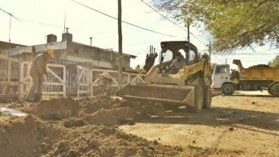 E. Echeverría / Avanzan obras de cloacas que beneficiará a más de 8 mil vecinos en Monte Grande y Luis Guillón