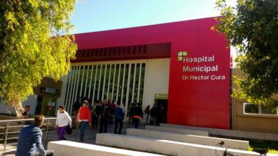 Olavarría: trabajadores del Hospital Héctor Cura reclamaban por horas extras y fueron encerrados por la policía