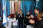 La Plata / Garro con más de 100  alumnos, encabezó el acto de jura de la bandera
