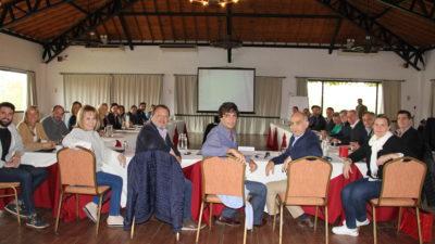 "Senadores de Cambiemos realizaron un retiro espiritual en Luján y funcionarios de Vidal pasaron a ""bajar línea"""