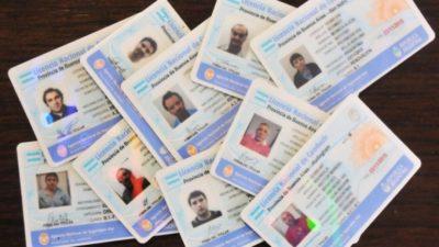 Gral. Rodríguez / Denuncian la venta de carnets de conducir truchos por Facebook