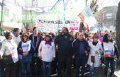 Los docentes marcharon en La Plata y entregaron más de 65 mil firmas contra la reforma de los Equipos de Orientación Escolar