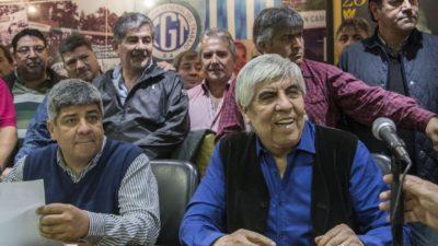"""Moyano confirmó el paro nacional para el jueves 14 pero """"sin cortes de rutas"""""""