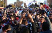 """Con el gol del platense Marcos Rojo, el """"Fan Fest"""" de Plaza Moreno fue una gran fiesta"""