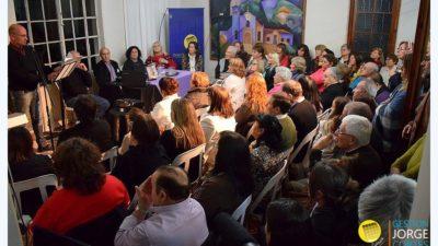 """H. Yrigoyen / El escritor local Hugo Juan presentó """"Elena. Ni una más"""""""