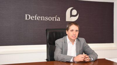 """El Defensor del Pueblo despotricó contra el aumento del transporte """"se hace a espaldas de la gente"""""""