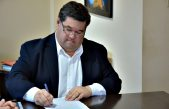 """Por una """"grave crisis financiera"""", el intendente de Berisso recortó su sueldo y el de los concejales y funcionarios"""