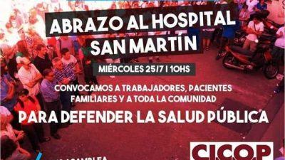 """Abrazo simbólico al Hospital San Martín de La Plata por que la """"falta de presupuesto"""" lo esta matando"""