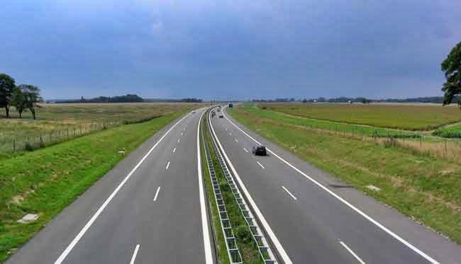 Daletto confirmó que comenzarán las obras para 6 nuevas autopistas en la Ruta Nº5