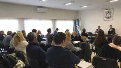 Colegio de Escribanos / Seminarios de Teoría y Práctica Notarial en Bahía Blanca, Dolores y Mar del Plata