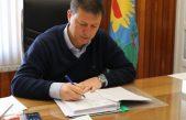 Malestar entre los municipales de Villarino: el intendente les niega el Convenio Colectivo y ahora les descuenta el día de paro