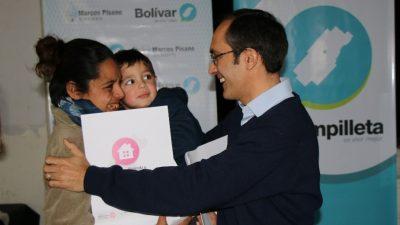 Bolívar / El intendente sorteó viviendas en Urdampilleta y homenajeó a Evita
