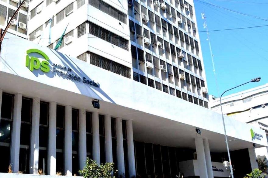 Los jubilados del IPS recibieron aumento con retroactivo
