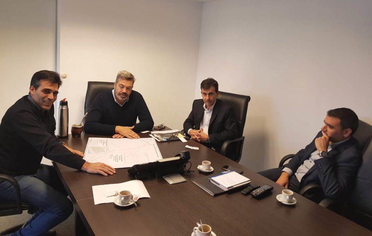 El intendente Facundo López logró que Camuzzi adelante las obras del gasoducto Barker Necochea