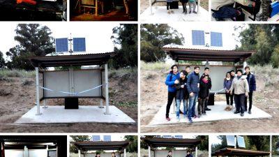 Monte Hermoso / Los chicos de la Escuela Técnica crearon una parada de colectivos con paneles solares