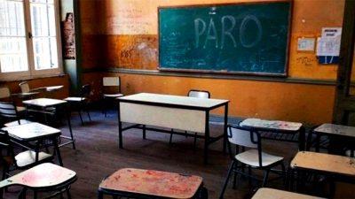 Los sindicatos docentes convocaron un paro de 72 horas desde el lunes
