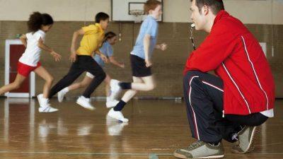 Los profesores de educación física deberán facturarle a la Provincia como monotributistas