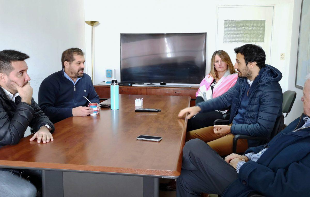El Senador Reparaz realizó gestiones en las áreas de transporte e hidráulica para el Municipio de Navarro