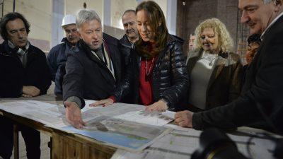 """Vidal visitó Bahía Blanca, Patagones, Coronel Rosales y reconoció que """"la situación está difícil"""""""