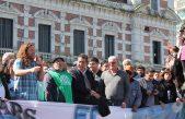 Montan una carpa tras la masiva movilización del sindicalismo regional por Astillero