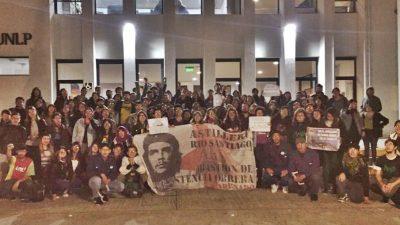 Los universitarios en lucha afirman que Franja Morada es el ajuste en la universidad
