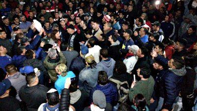 Momentos decisivos en el Astillero Río Santiago: un fiscal pidió militarizar la fábrica y los trabajadores se preparan para resistir