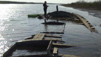 Un pescador de San Pedro halló los restos de una barcaza hundida hace 97 años en el Río Paraná