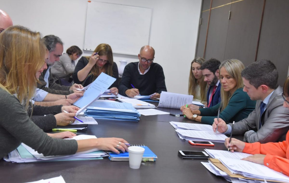 """Desde el FR contra Cambiemos: """"está claro que no quieren ayudar a las pymes de la provincia"""""""