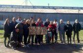 """25 de Mayo/ Vecinos hicieron una """"mateada de protesta"""" contra el desguace del ramal ferroviario Lobos – Bolívar"""