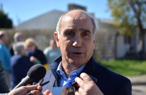 """""""Lo prioritario es la asistencia social"""", reconoció Daniel Salvador en Bahía Blanca"""
