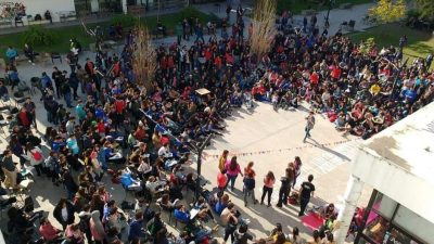 Se propaga la toma de facultades en la Universidad de La Plata