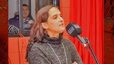"""Carolina Antognini delegada gremial de Astilleros afirmó: """"Depende del gobierno que la fabrica siga o no funcionando"""""""
