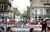 """Bajo la consigna """"El Hambre es un Crimen"""" organizaciones de Niñez marcharon a Gobernación"""