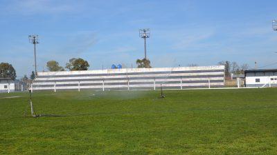 Ayacucho puso en marcha la refacción del estadio municipal