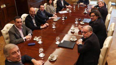 """Conocé los 10 ministerios que desaparecerán por el """"ajuste"""" de Macri"""