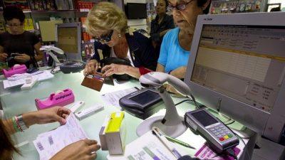 """Las farmacias volvieron a atender por PAMI pero advierten que """"no se resolvió el problema de fondo"""""""