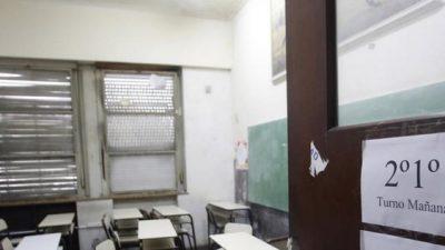 """Paro docente: los gremios dicen que la adhesión es """"altísima"""" a pesar de la """"persecución"""""""