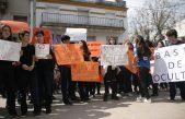 Escándalo en Cañuelas: denunciaron al cura de una escuela católica por haber acosado a una alumna de 14 años
