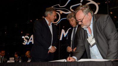 De La Torre firmó un convenio de cooperación con la CAFAM